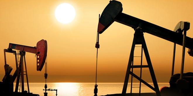 Petrolio in lieve crescita, ma oggi si attende la comunicazione dell'EIA